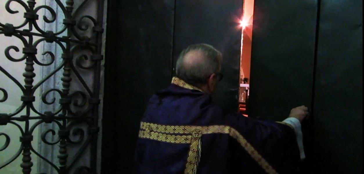 apertura porta Santa Basilica Pontificia Maratea